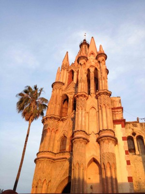 Sit and admire La Parroquia from the plaza.