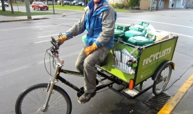 reCYCLISTS people-powered compost & recycling service in action, downtown Victoria, BC image by Sarah Rose Robert